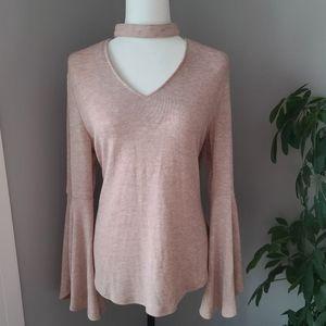 NWT Caroline Morgan v-neck bell sleeve knit top
